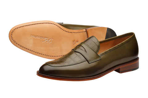 CROC PENNY LOAFER WITH TEXTURED SADDLE-CO