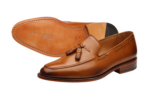 TASSEL LOAFER WITH CORD STITCH ON THE VAMP-T