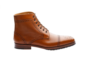 TOECAP BROGUE BOOTS  – TAN