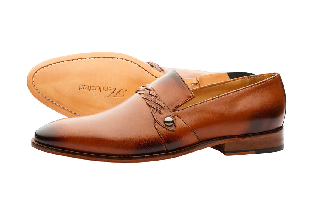 SLIP ON WITH PLEATED SADDLE - TAN