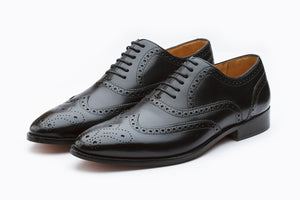WINGCAP BROGUE OXFORD WITH MEDALLION- BLACK