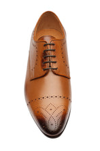 Load image into Gallery viewer, Brogue Derby With  Medallion-T