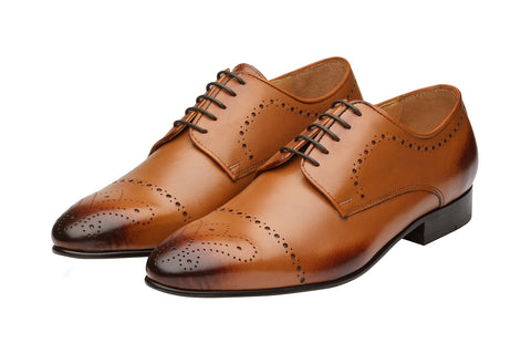 Brogue Derby With  Medallion-T