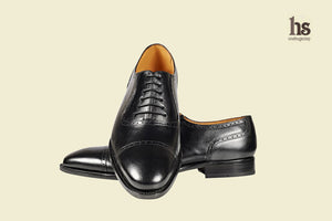 Toecap Oxford With Brogue Punches