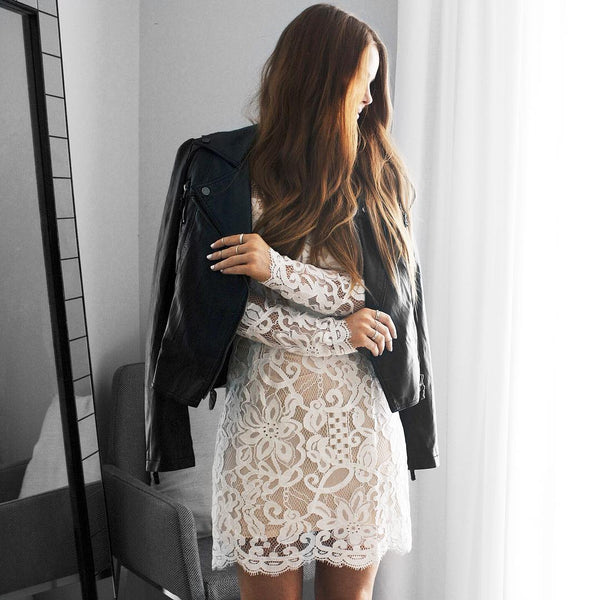 Homebodii Blogger in Lace Dress