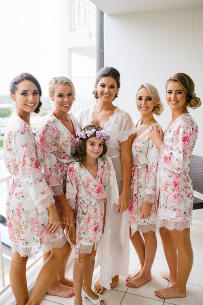 Homebodii Real Bride Bridal Party Robes