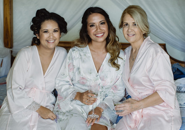 Homebodii Bridal party bridal robes