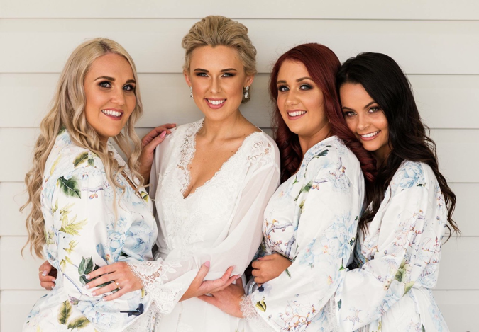 Homebodii bridal party robes