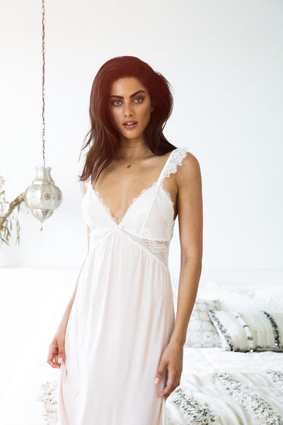 Petra Nightie - Blush - Homebodii