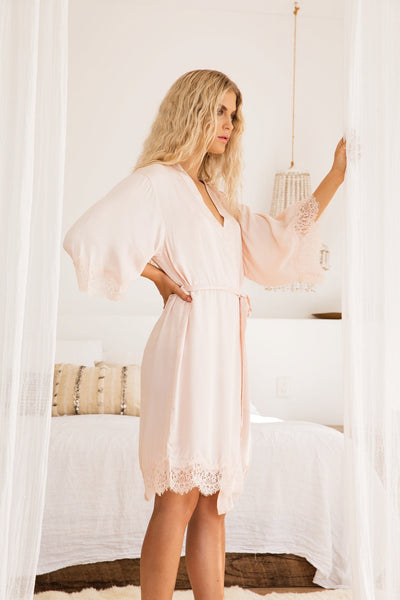 Annabelle Blush Robe - Homebodii