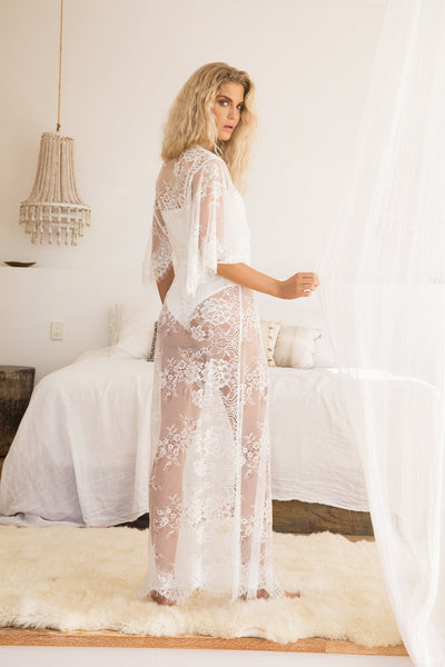 Kassiah Long Lace Robe - Homebodii