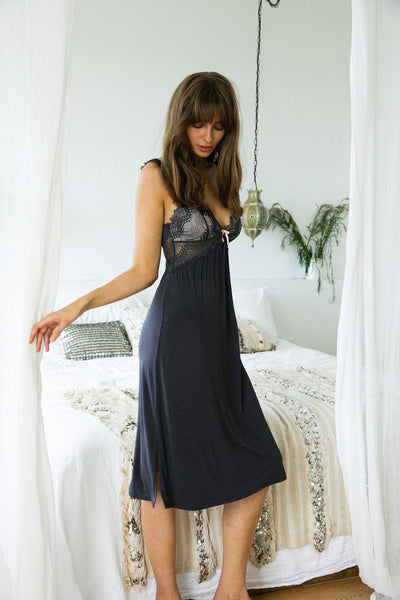 Petra Nightie - Charcoal - Homebodii