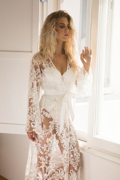 Madeleine Long Lace Robe - Homebodii