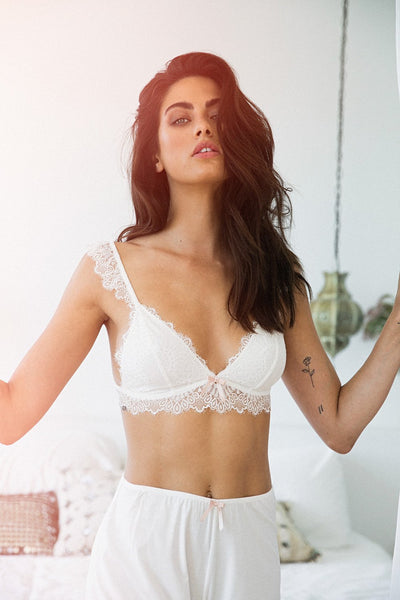 Petra Bralette - White - Homebodii