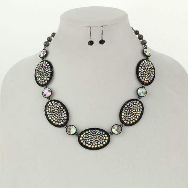 Concho Style Stone Necklace Set
