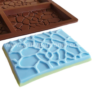Giraffe Bar Silicone Mould for Wax Melt Snap Bars | Truly Personal