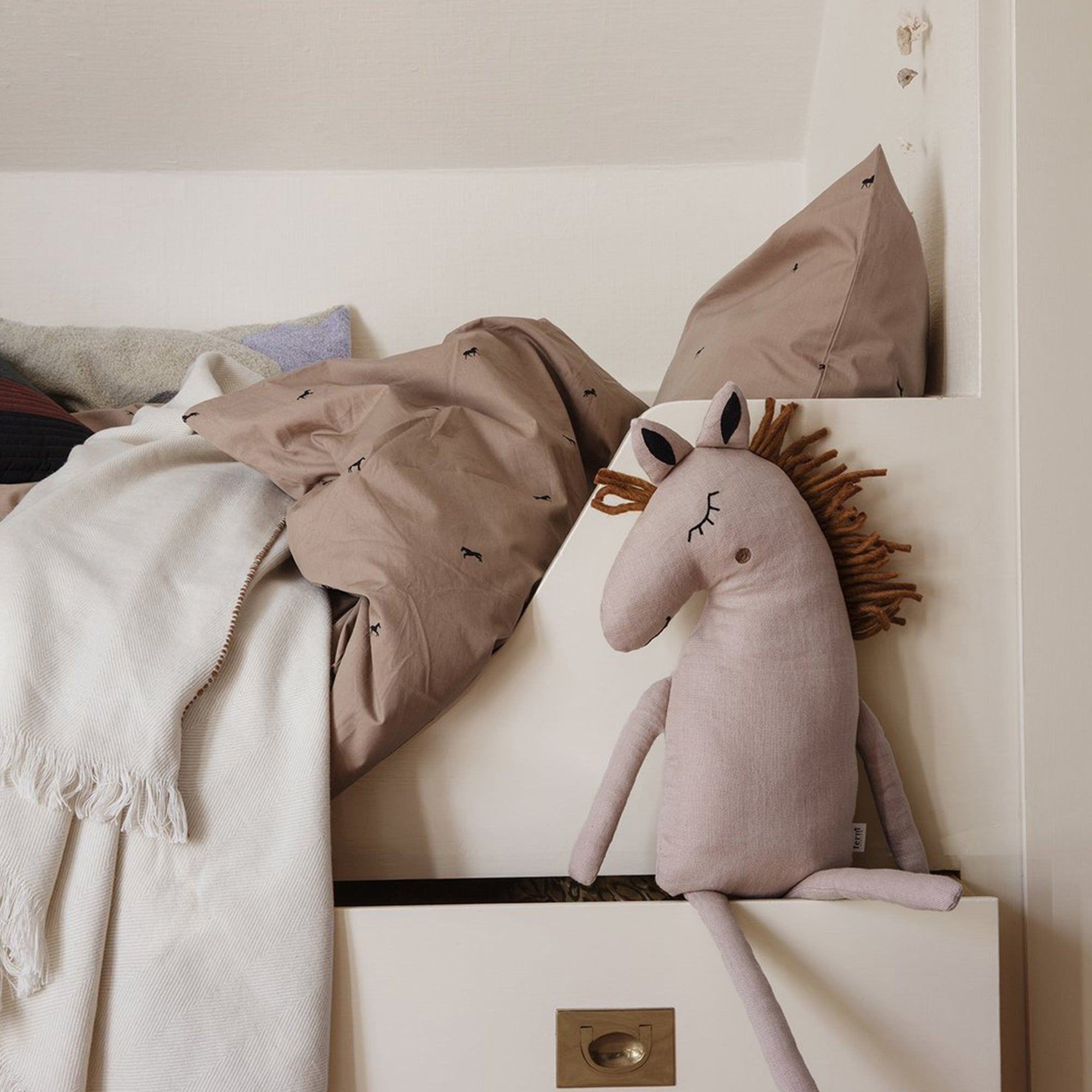 Ferm Living Horse Safari Cushion pink - Scandi Minimal