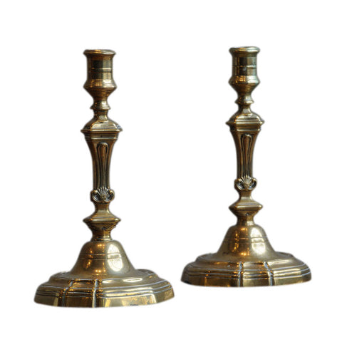 French brass pair of candlesticks, 18th century