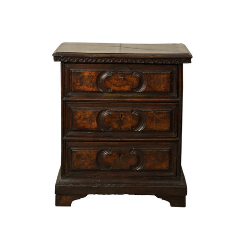 Solid walnut small chest of drawers, Italy, circa 1630