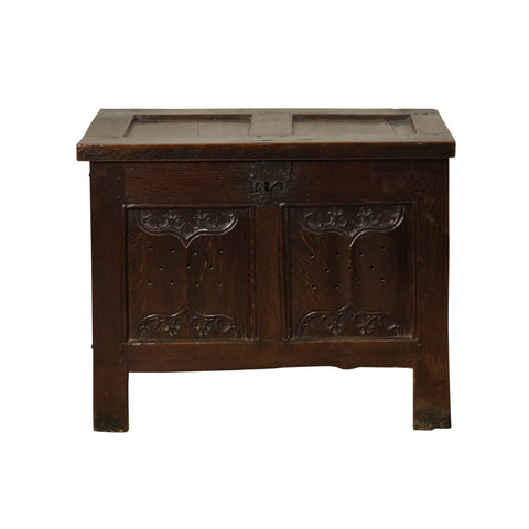 Oak small coffer with parchemin panels, French circa 1500
