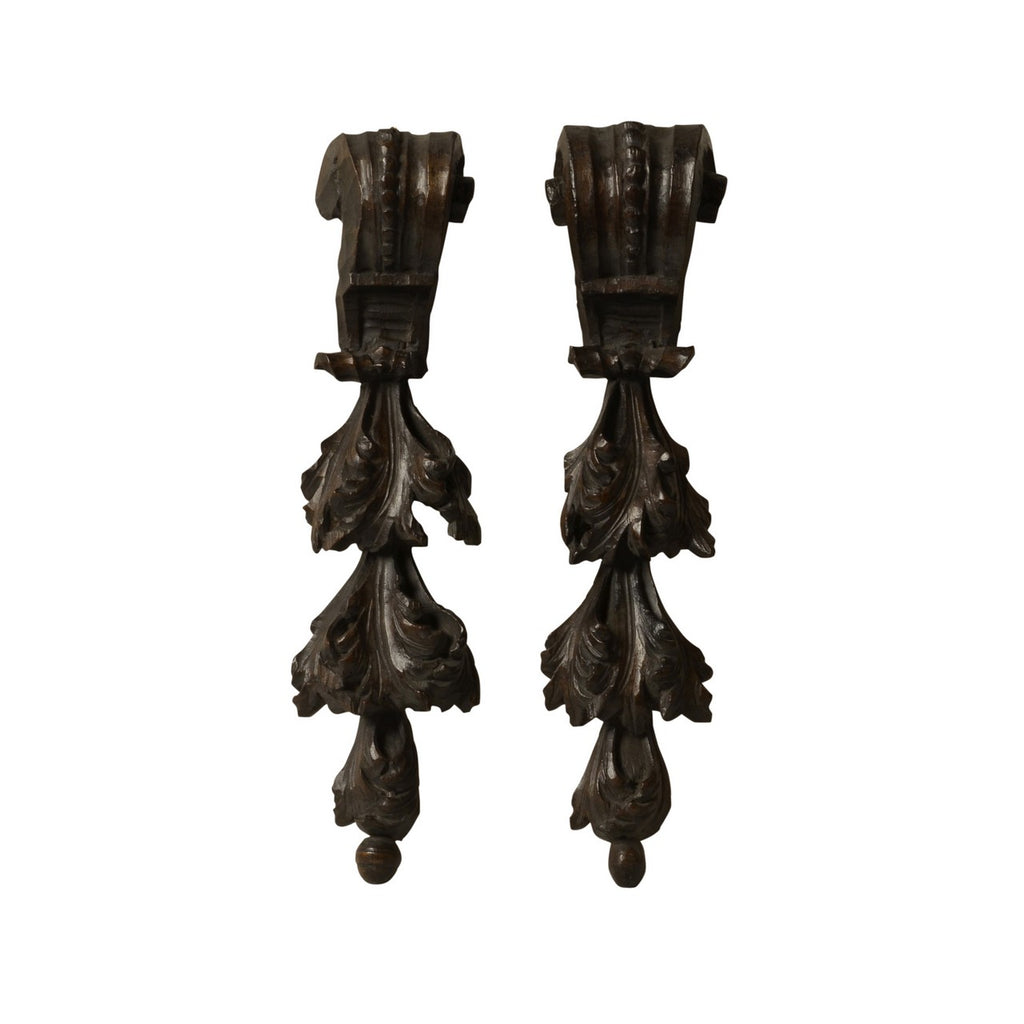Two carved walnut swags, Italian, late 17th century, Architectural - Kate Thurlow | Gallery Forty One
