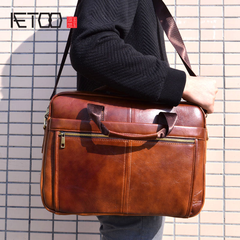 AETOO Genuine Leather Bag Men Bag Cowhide Men Crossbody Bags Men's Travel Shoulder Bags Tote Laptop Briefcases Handbags brown
