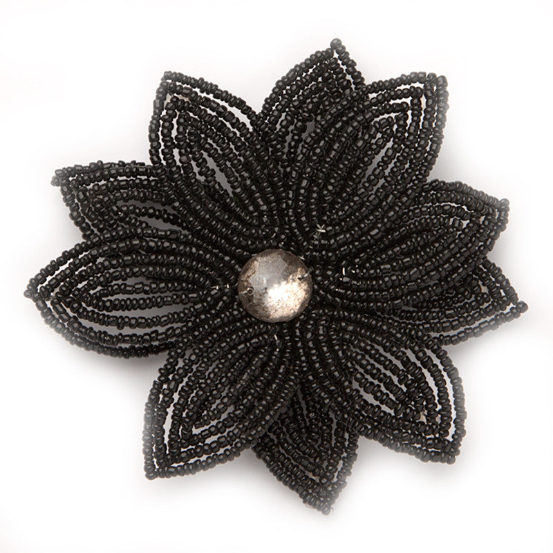 Double Daisy, Black