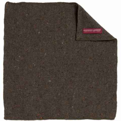 BRIGHT LIGHTS FLECKED WOOL POCKET SQUARE: HUNTER