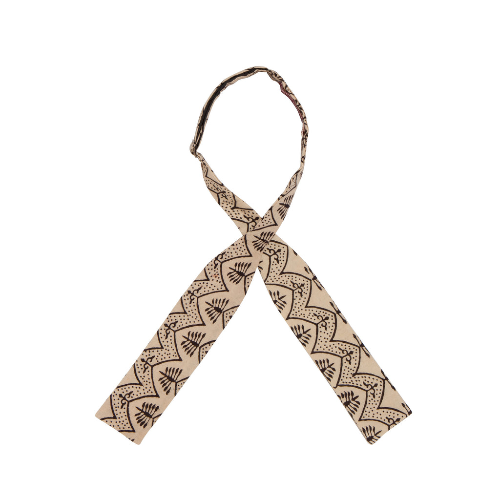 INDIAN HANDBLOCK PRINT BOWTIE: WHITE