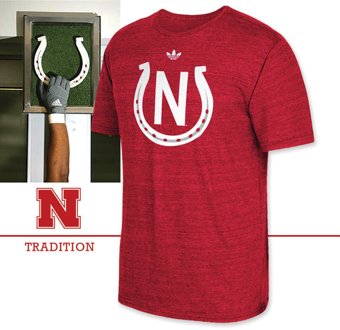 Huskers Football Horseshoe T-Shirt