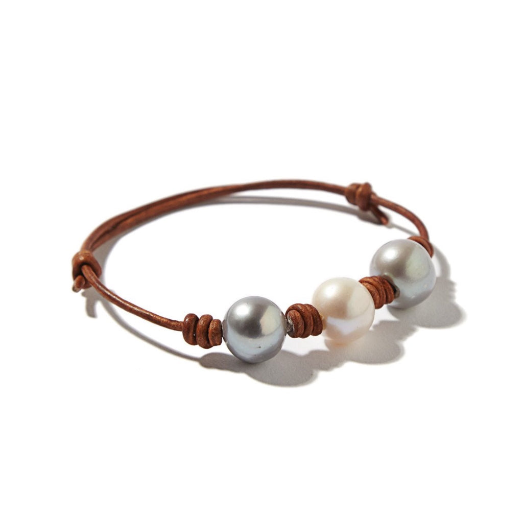 Gray Pearl and Leather Knotted Bracelet - B99