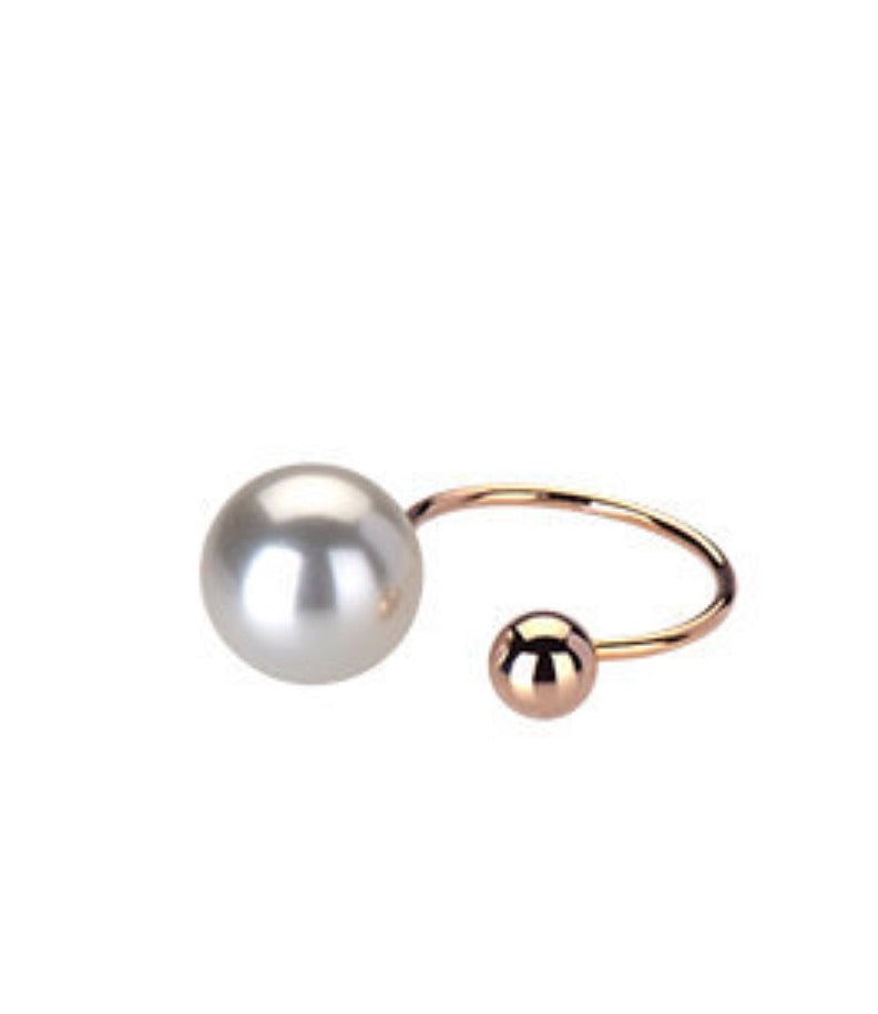 PCR Pearl Cuff Ring