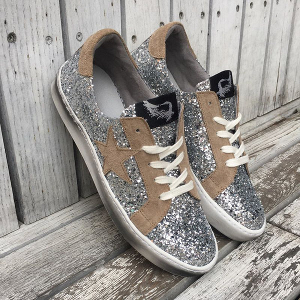 Distressed Silver Glitter Sneakers With Suede Star