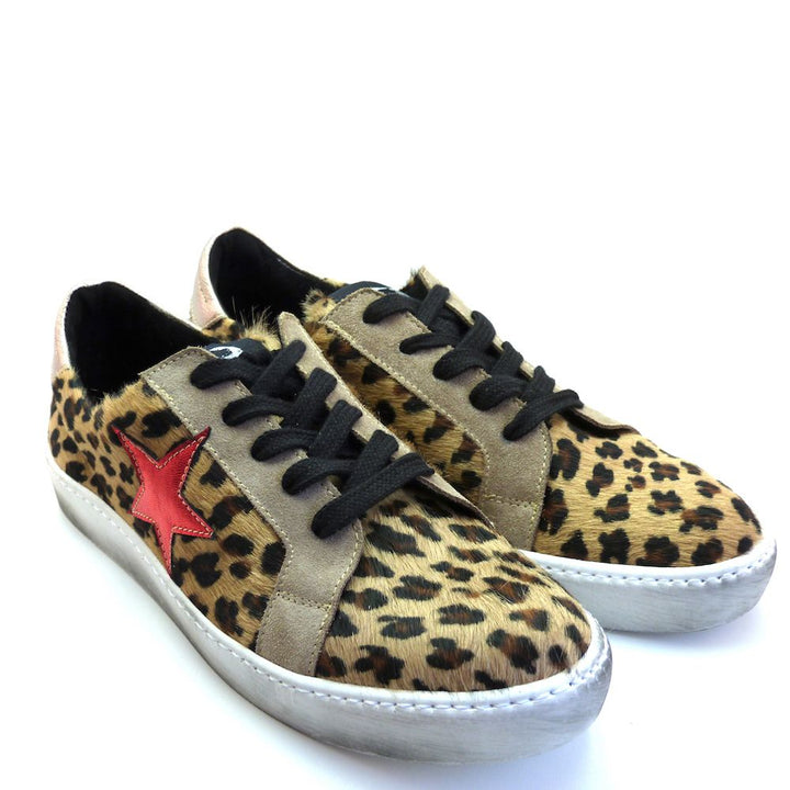 Leopard Look Distressed Sneakers With Colored Star by No Store