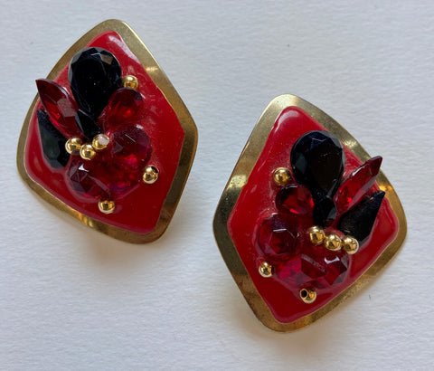 Checkered 80's Triangle Shaped Rhinestone Studs