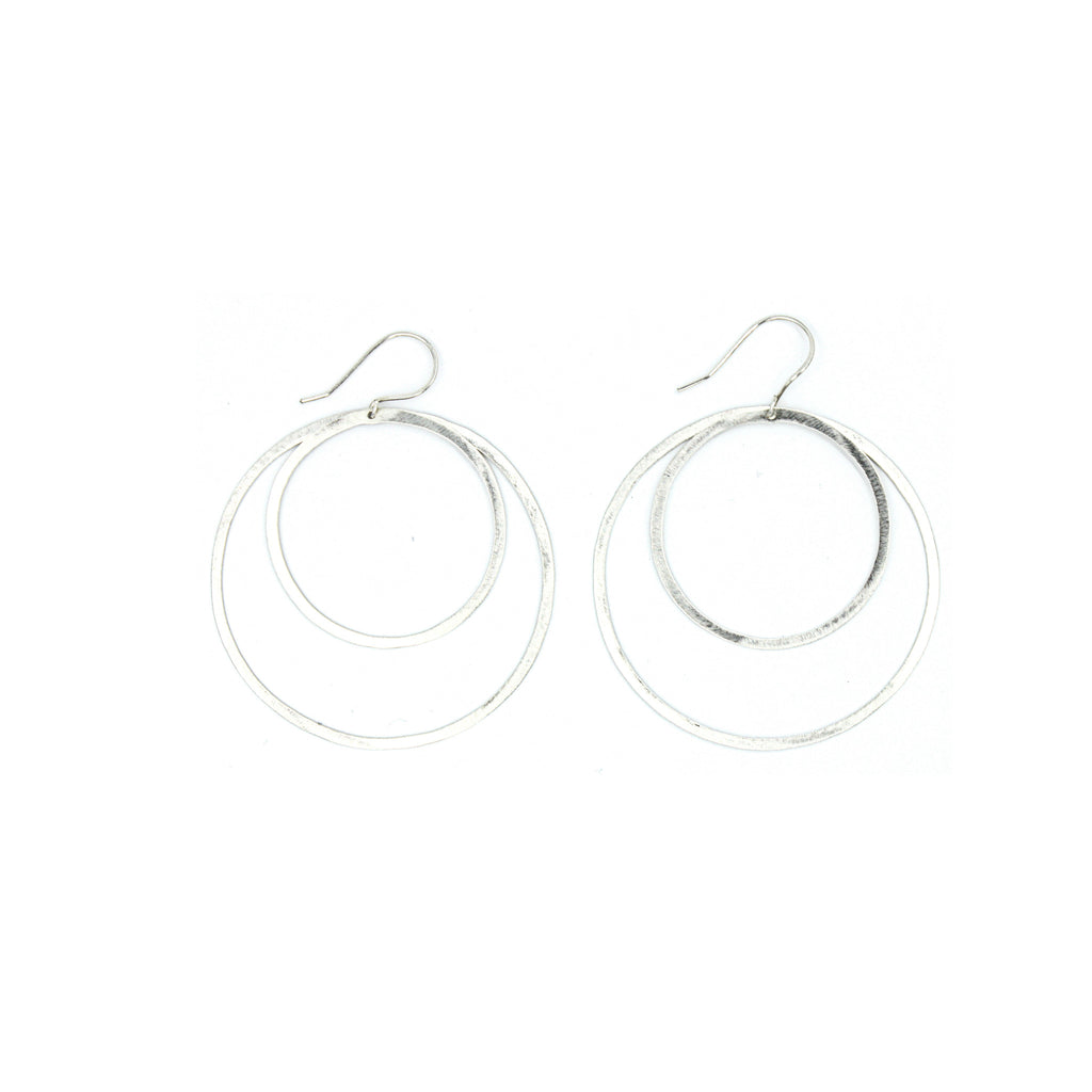 Shape Earrings: Double Circle