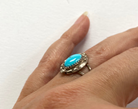 Vintage Oval Turquoise Ring