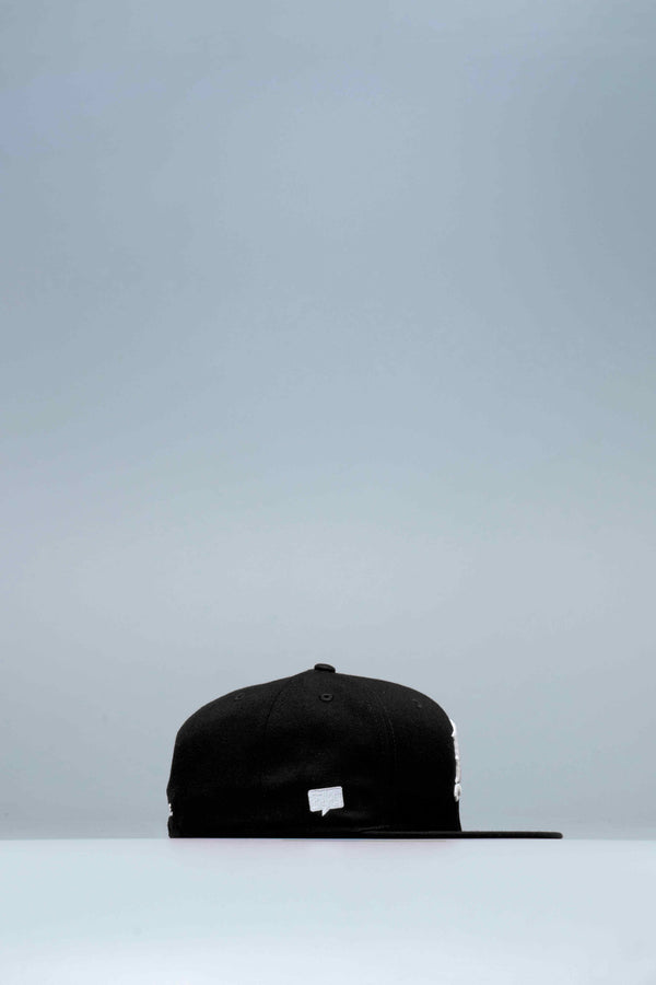 NICE KICKS X NEW ERA FITTED MENS HAT - BLACK/WHITE