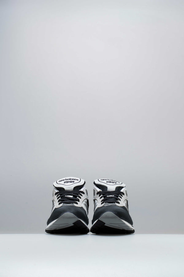MADE IN UK 1991 MENS SHOE - CHARCOAL GREY/BLACK
