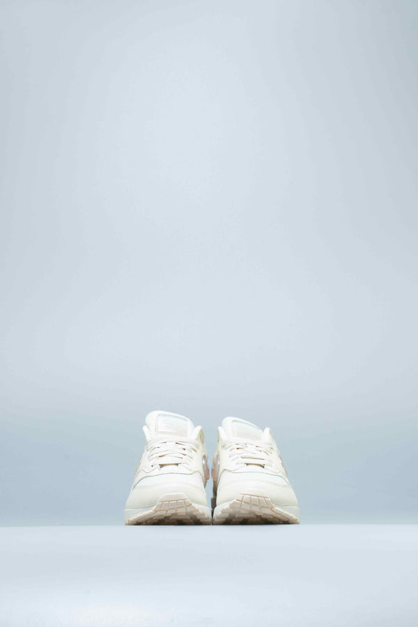AIR MAX 1 JP WOMENS SHOE - PALE IVORY/SUMMIT WHITE/GUAVA ICE