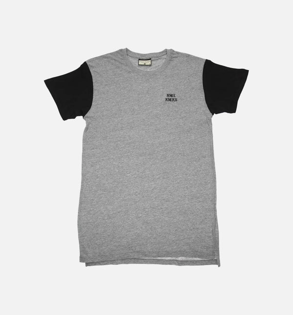 "NICE KICKS CHEST PRINT OLD ENGISH ""PABLO"" CREW TEE - GREY/BLACK"