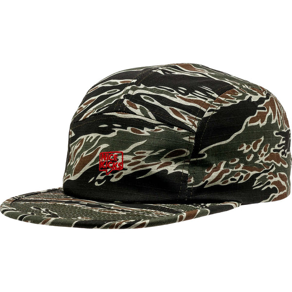 NICE KICKS PREMIUM MEN'S ADJUSTABLE HAT - CAMO/BLACK/RED