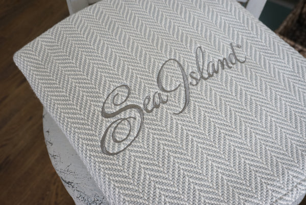 Corporate Gift Ideas: Embroidered Blankets