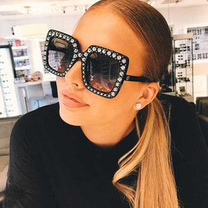 Crystal Sunglasses Italy Brand Designer Women Diamond Sun glasses Luxury Oversized Square Female Retro Stylish Big Frame Shades