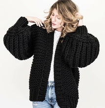Load image into Gallery viewer, Hand Knit Lantern Sleeved Sweater