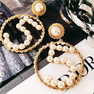 Women Simple Simulated Pearl Number 5 Big Circle Earrings Black Ribbon Weaves