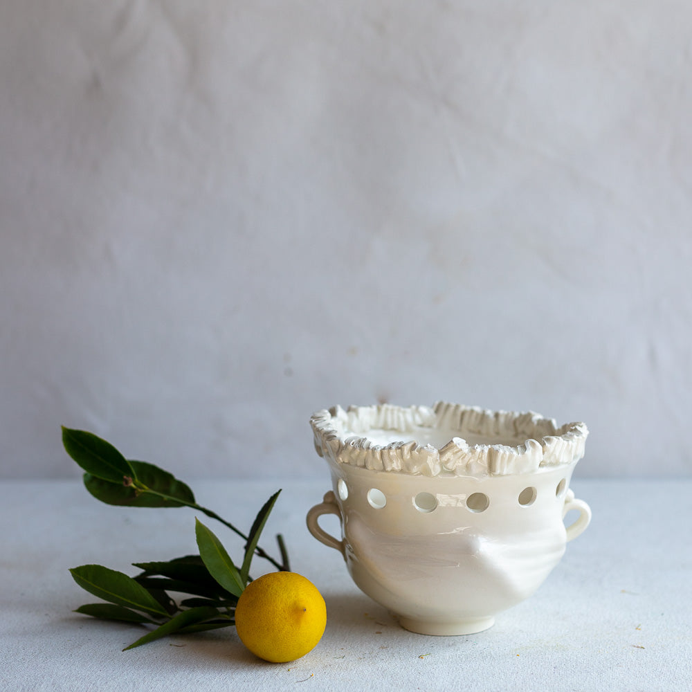 White Earthenware No. 15 Bowl With Holes and Ruffle 4355