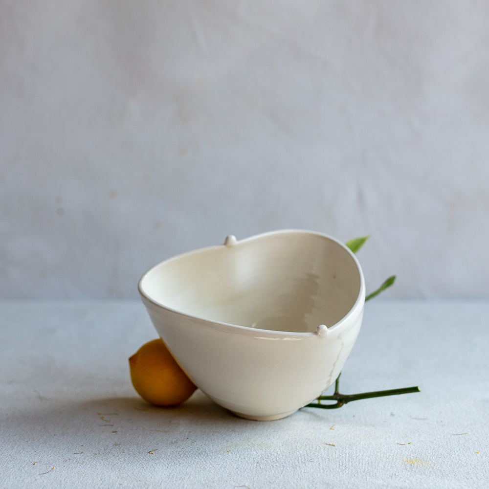 White Earthenware Heart Bowl 4358