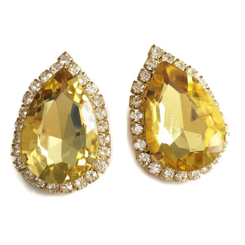 La Beaute Gold Teardrop Earrings
