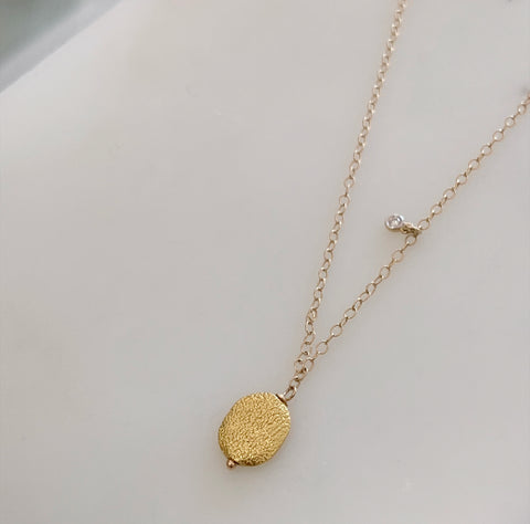 Jewelry by Danielle - 18k Gold Disk Necklace w/ Diamond
